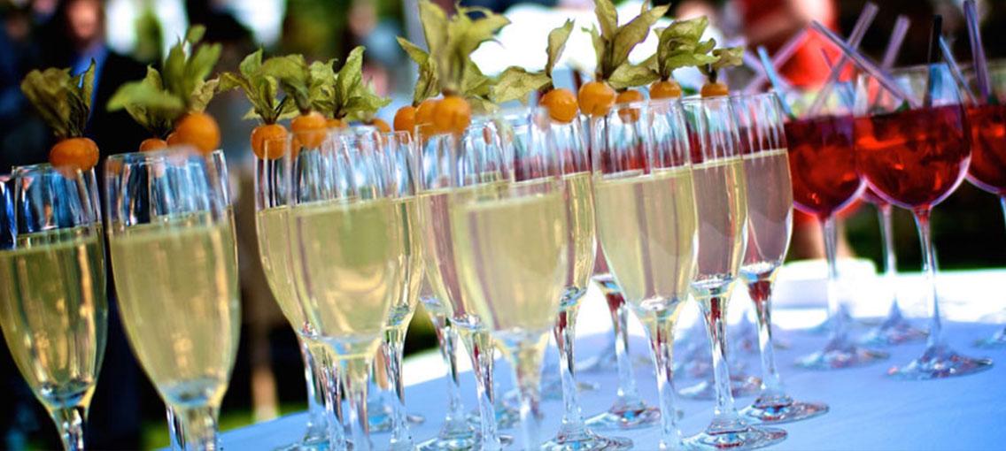 Mobile Bar Catering für Hochzeiten
